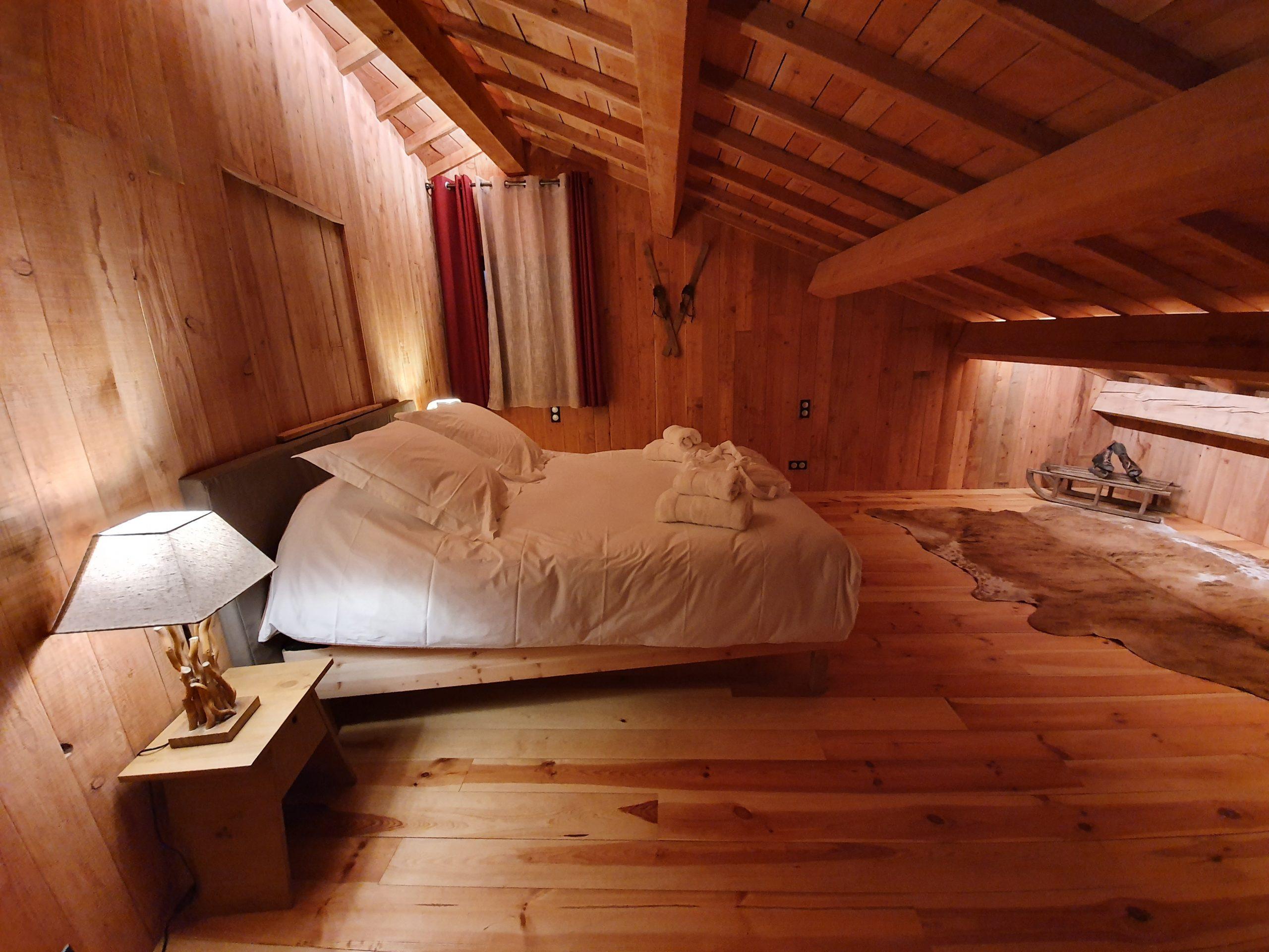 Chambre à L'Etage lit double ou lits jumeaux
